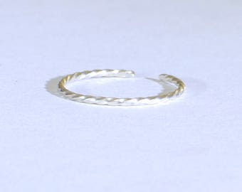 Dainty Sterling Silver Twisted Wire Toe Ring - Solid 925 TR9231