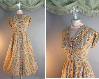 50s dress 1950s vintage TURQUOISE HEARTS FOLKLORIC tole print tan cotton full skirt day dress