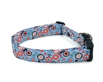 Whimiscal Papillon Flowers on Teal Blue Dog Collar