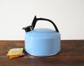Vintage Blue Regal Ware Teapot 2.5 Quart Tea Kettle