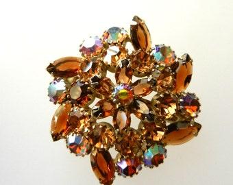 1950 Vintage Honey Topaz Navettes & AB Rounds Rhinestone Flower Brooch/Pin Gold Tone  - Juliana three-dimensional pin  - Art.627/4 -