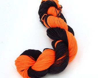 Self-striping sock yarn - 100g - PREORDER