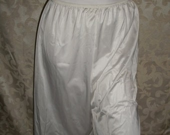 Vintage Tap Pants By Vanity Fair Size XL