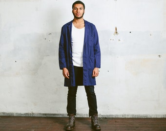 Mens WORK COAT . Vintage Workwear Canvas 1970's Distressed Faded Worn In Indigo Blue Outerwear Artist Mechanic Coat . size Medium to Large