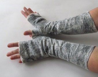 Felt fingerless gloves, Felted mittens Grey warm Mittens, White and Black mitts, Wool gloves, felt by Galafilc