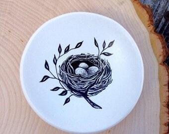 bird nest ring dish, expectant mom gift, birds nest jewelry dish, bird lover gift, engagement ring dish, mom gift mom, trinket dish