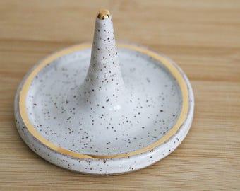 Ceramic Ring Holder- White with gold tip