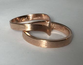 Rose gold wedding band set, his and hers, 10kt gold, chevron wedding ring,  pink gold wedding rings