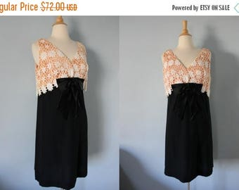 SALE 1960's dress/ 60's cocktail dress/ Mod Lace Shift