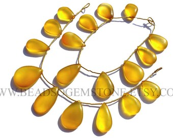 Yellow Chalcedony Smooth Pear (Quality AAA) / 14x19 to 15x27 mm / 18 cm / CHALCEDON-030