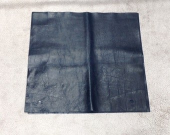 MS517. Tiburon Navy Leather Cowhide Remnant