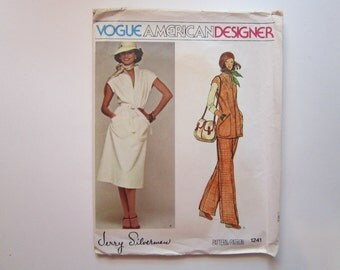 vintage Vogue pattern 1241 - Jerry Silverman Vogue American Designer - dress - size 12 - vintage Vogue 1241 - factory folded