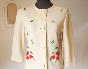Vintage 60's Jacket, Beige Jacket with Embroidered Strawberries in Red and Green, Wool, Rockabilly, Small to Medium Size