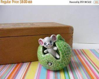 20% OFF MOVING SALE Vintage Retro Kitsch Mouse in Cabbage Toothpick Holder Japan