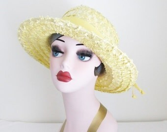 40% OFF SALE Vintage Bright Yellow Straw Hat / 1960's Short Brim Summer Party Sun Hat