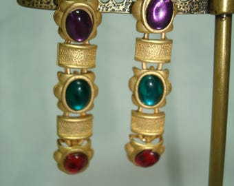 1992 Dangly Gold Tone Jeweled Like Cabochon Earrings.