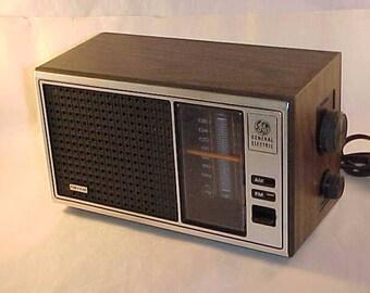 General Electric AM/FM Radio