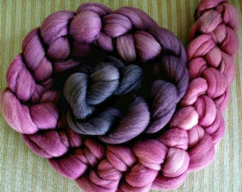 "Hand Dyed Polwarth/ Yearling Mohair/Silk Combed Top ""Charcoal Cherries Gradient"" 4 Oz."