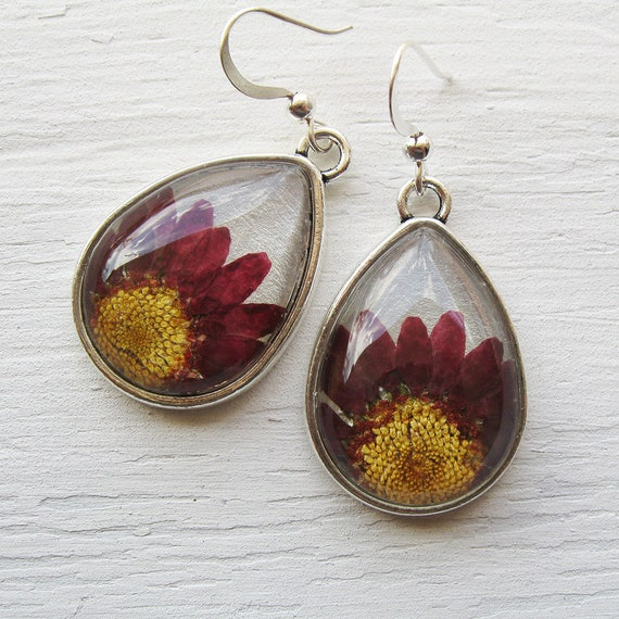 Real Botanical Earrings - Real Pink Daisy Silver Teardrop Pressed Flower Earrings
