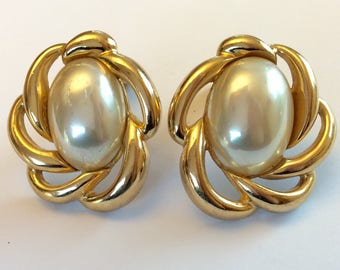 Vintage DIOR Pearl Earrings - Gold Clip On Design - 1980's
