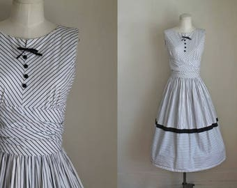 vintage 1950s sundress - BLACK TIE BALL striped dress / S