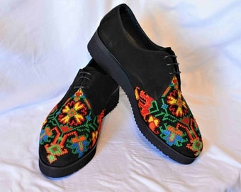 Sneakers Colour of Spring Embroidery Shoes Flower Lace up embroidery Sneakers in black suede leather with flower embroidery Harajuku shoes