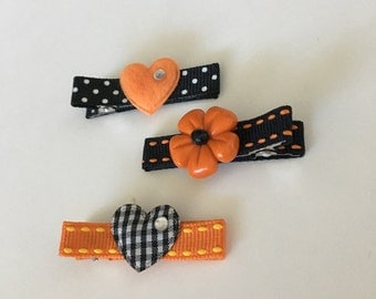 Boutique Clippies ...   Set of 3 Alligator Clips ...   Halloween - Hearts and Flowers