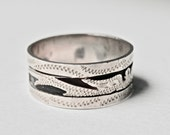 Wide Band Ring Mans Ring Guatemalan Silver Size 10.5 Ring Vintage Men Oxidized Silver Silver Inlay Mayan Silver Central America