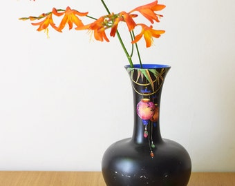 Vintage Oriental Style Vase Crown Ducal Chinese Lanterns Carnival