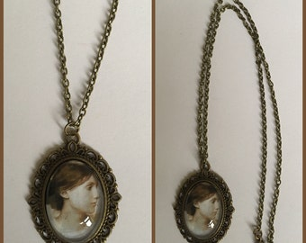 Virginia Woolf Inspired Cameo Necklace