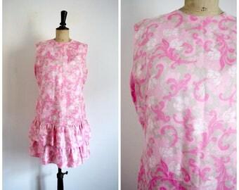 Vintage Années 60 Robe Droite Courte A Volants Imprimé Rose / Taille M