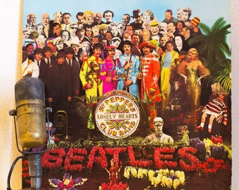 "The Beatles Vinyl Record Album 1960s British Pop Classic Rock and Roll Art ""Sgt. Pepper's Lonely Hearts Club Band"" (1980s Capitol Re-Issue)"