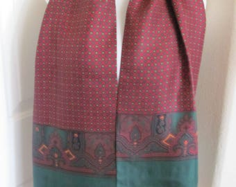 """Made in England Green Burgundy Paisley 2 Layer Fringed Silk Scarf // 12"""" x 52"""" Long // Best of the Best"""