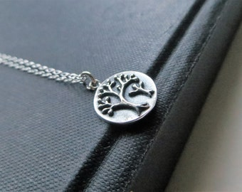 mother and child tree necklace, tree of life, baby shower gift, mother jewelry, mom, aunt and cousin