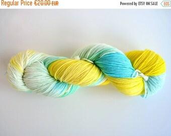 "Hand dyed yarn - sock yarn in Sock&Roll base - Colourway ""Agualimón"""