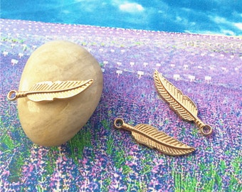 20pcs 30x7mm kc gold feather charms findings