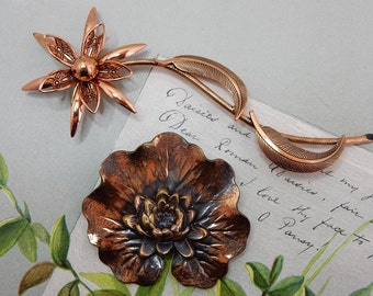 2 Vintage Solid Copper Brooch Pin Lot Lily Pad & Flower    OA19