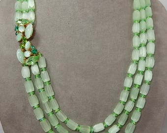 3 Strand Frosted Green Barrel Bead Necklace w/ Fancy Rhinestone Clasp    OAN11