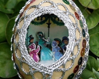On SALE Vintage Chicken Egg Shell Christmas Diorama with Metallic Trim Scene Fabergé Style - Silver Trim - Carolers