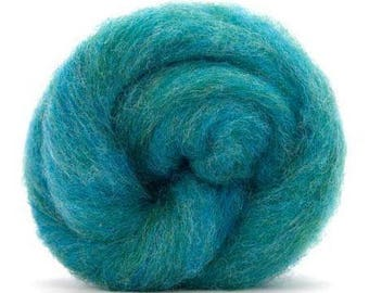 Corriedale Bulky Wool Roving - Bubblegum - 4 ounces