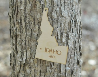 Natural Wood Idaho State Ornament WITH 2017