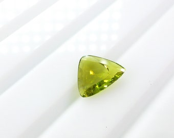 Tourmaline Triangle Flat Cabochon. Natural. Chartreuse Lime Green. Set Upside Down For Rose Cut. 1 pc. 0.91 cts. 8x8.5.x2.5 mm (TM2287)