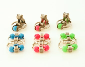 Fidget Toys for ADHD, Quiet Fidget Toy, Sensory Therapy, Stress Relief, Set of 6 Toys, Pocket Fidget Toy, Bike Chain Toy, Anxiety Relief