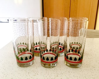 Christmas Tree Drinking Glasses, Set of Seven Drinking Glasses, Vintage Drinkware, Ice Tea Servingware, Holiday Barware