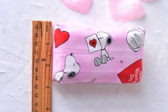 Mother's Day Gift, Cute Basket Filler, Pink Tissue Holder, Favor Bag Filler, Handmade Card Case, Travel Tissue Case