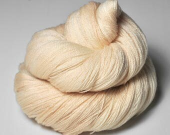 Sleeping Siamese cat - Merino/Silk/Cashmere Fine Lace Yarn