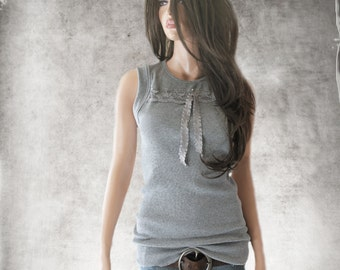 Tank top gray/front lace stripe/rhinestone novelty bow/sleeveless knit tee
