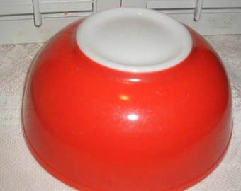 Pyrex Red Primary Color Large Mixing Bowl 10""