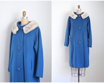 vintage 1950s cerulean blue coat - dove gray mink collar coat / 50s ladies wool winter coat - fur collar / gray mink fur collar coat