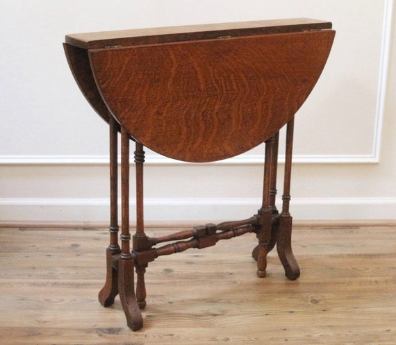 Rare Antique English Oak Narrow Drop Leaf Gate Leg Tuck Away